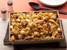 Thanksgiving-2011_LR0409-sausage-apple-walnut-stuffing_s4x3.jpg.rend.snigalleryslide